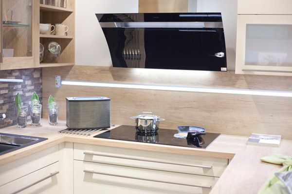 Küchenvarianten - Küche + Herd Wagner Küche kaufen Küchenstudio ...